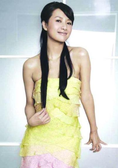 """徐静蕾 中国/徐静蕾,中国女星的""""多面手"""",演、导样样俱精,最难得的是..."""