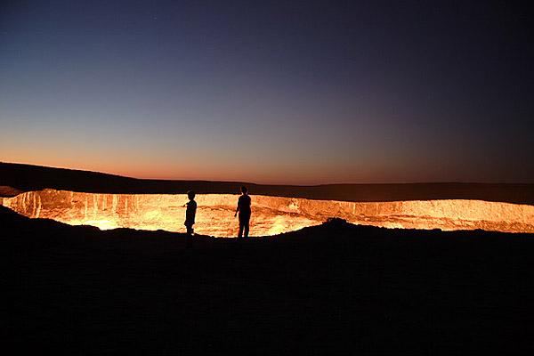 """[转载]乌兹别克斯坦的""""地狱之门""""[图集]  - 小草 -  高山流水"""