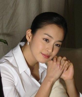 罕见的朝鲜美女大学生郑美香组图