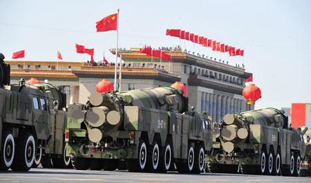 初次揭开神秘面纱:东风-21丙常规弹道导弹方队 - xqhhyd88 - 深度男人