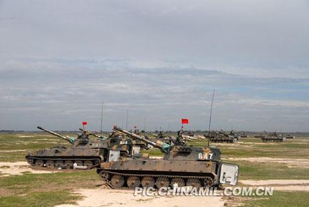 梁光烈:沈阳战区拱卫京津 战略地位十分重要
