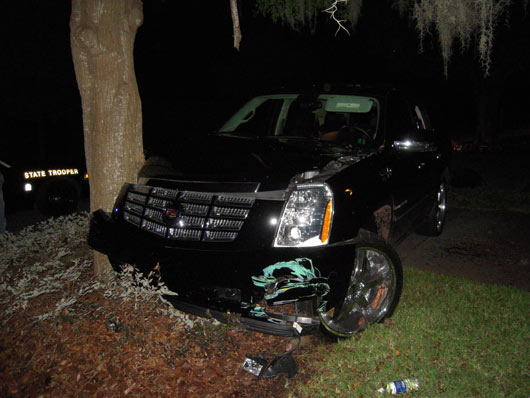 tiger woods' crashed escalade