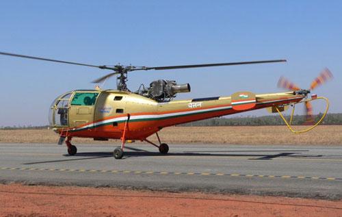 """印度陆航装备的老式""""猎豹""""多用途直升机图片"""