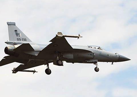 俄媒称十年间中国新型歼击机供应量位居世界第三