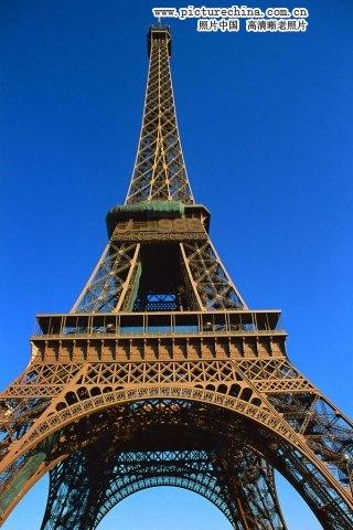 法国埃菲尔铁塔是怎么建起来的