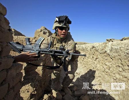 美英制式步枪遭AK-47压制:远程对射输给塔 利 班