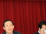 山西省省长王君流泪向死难矿工及矿工家属致歉[图集]