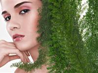 自然时尚妆容片
