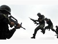 广西特警实战演练以应对恐怖暴力犯罪