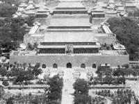 天安门广场曾经挂过的人物画像