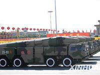 新型东风-21C中远程地地常规导弹方队(组图)