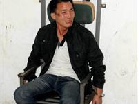 记者采访车祸 被洛阳民警殴打拘禁10小时[图集]