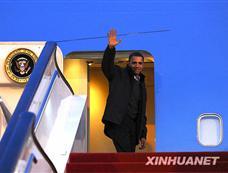 奥巴马结束访华飞离北京[图集]