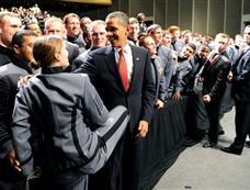 奥巴马西点军校演讲 将向阿富汗增兵3万[图集]