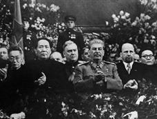 1949年毛泽东备受冷遇的赴苏祝寿之旅
