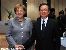 温家宝会见德国总理默克尔