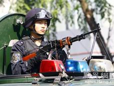 东莞厚街500余警力巡游 为历年最大规模[图集]