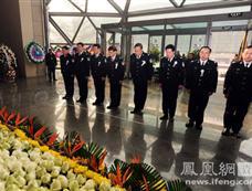 公安部设灵堂悼念遇难维和英雄[图集]