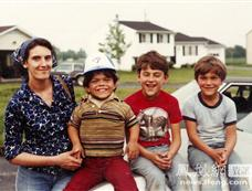一家四口全为侏儒 小矮人家庭也幸福[图集]
