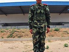 图解武警新兵拆解81-1式自动步枪全程
