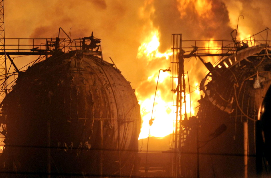 兰州石化工厂爆炸现场照片