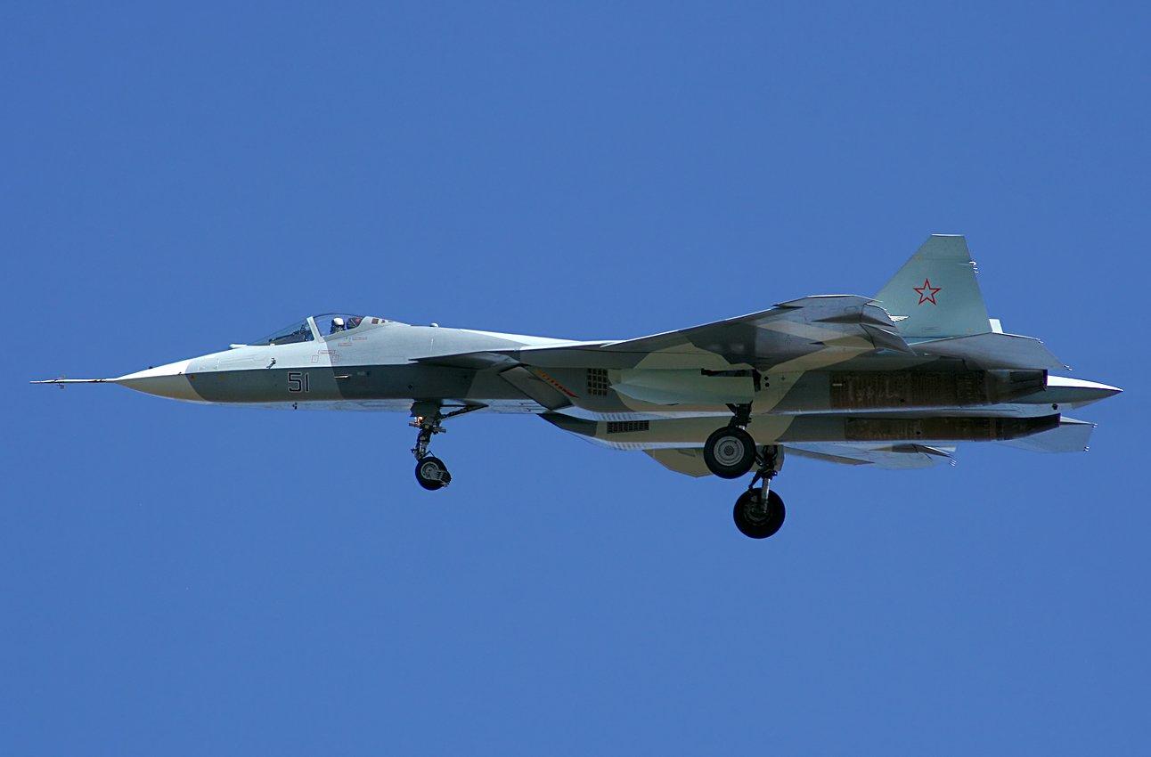 俄罗斯 的 五 代 战机 t 50 仍 处于 试飞 阶段 外界