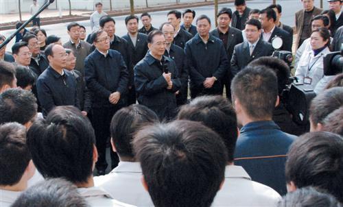 温家宝总理视察东风乘用车公司