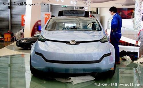 华晨EV概念车全球首发 车门调试现场实拍
