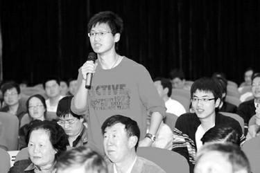 李书福:中国汽车工业的希望还是在民间