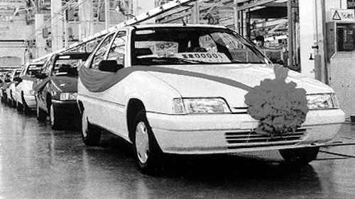 神龙汽车于1992年5月18日在武汉成立
