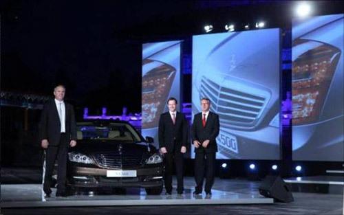 新一代梅赛德斯-奔驰S级轿车太庙上市
