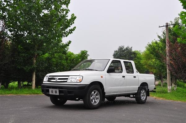低调、朴实、多功能 试驾郑州日产汽油版锐骐