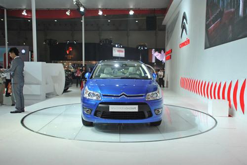 雪铁龙进口新C4轿跑车上市 售19.98-22.98万元