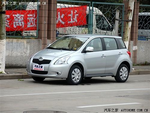 长城炫丽1.3L现车充足 购车优惠3000元