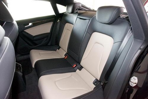 诠释豪华新感官 A5 Sportback对比5系GT\(3\)