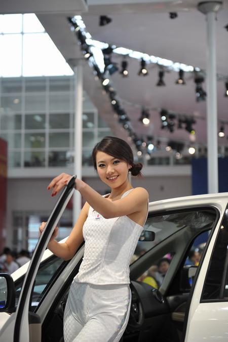 香车美人两手抓 北京国际车展拍摄指南