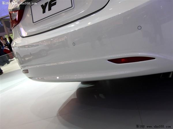 轿跑正流行 北京现代索纳塔YF造型解读\(3\)