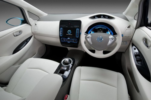 和合资管:量产版无人驾驶汽车上路内里仍是坐了团体2018年10月23日奔驰无人驾驶汽车量产