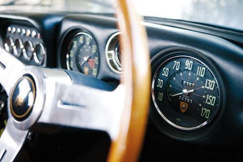 超跑鼻祖 兰博基尼350GT对法拉利330GT\(2\)