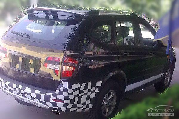 荣威SUV再曝谍照 命名W5或今年底上市
