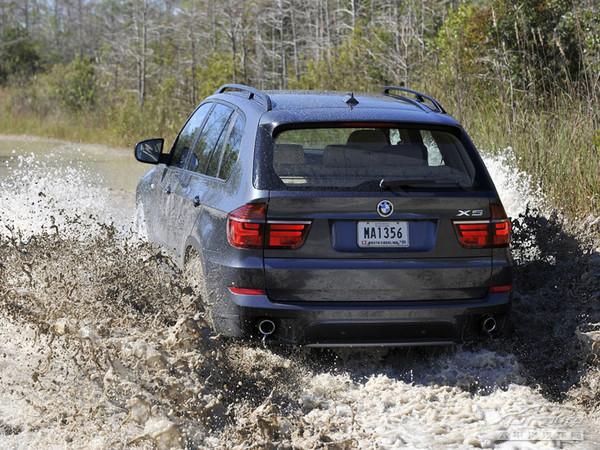 新车连连看 2011款宝马X5/凯泽西上市点评