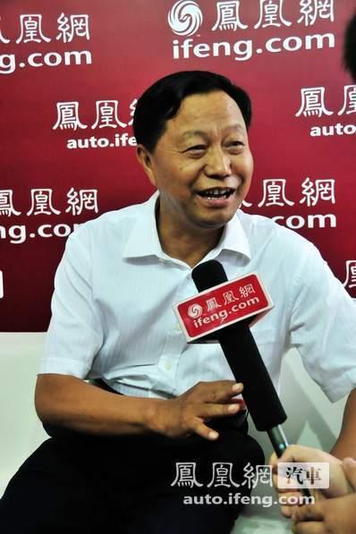 长春市长崔杰:凤凰网在车展报道中发挥积极作用