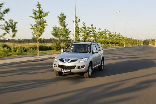 凤凰网汽车测试哈弗H5 从舒适驾驶开始(5)