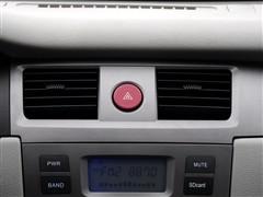 夏利N5全系现车充足 购车享受多重好礼