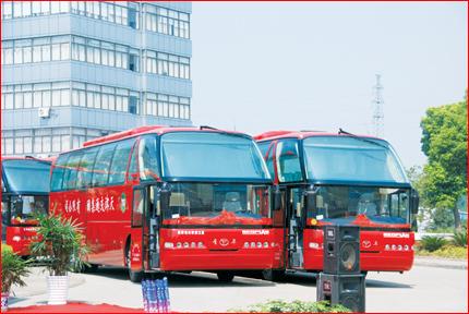 10辆青年客车交付天津交通集团