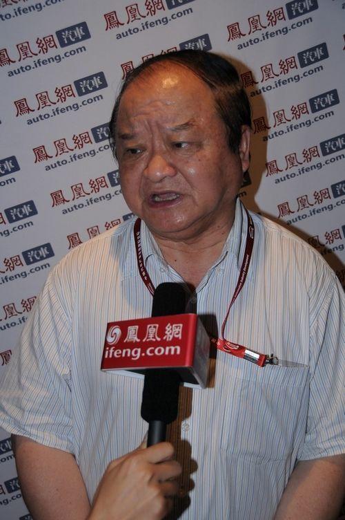 张小虞:技术问题是发展纯电动车的最大障碍