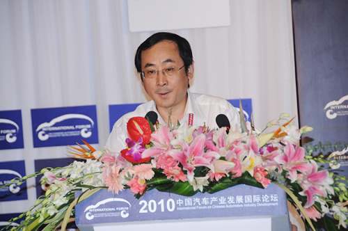 张进华:新能源车2020年有望实现千万辆级规模