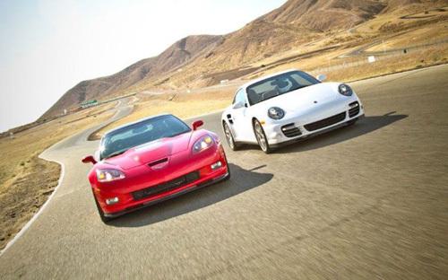 保时捷911 Turbo对比雪佛兰Corvette ZR1