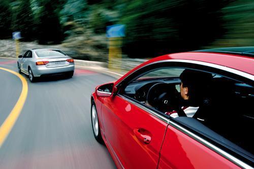 奔驰E350 Coupe对比试驾奥迪A5 激情对对碰(4)