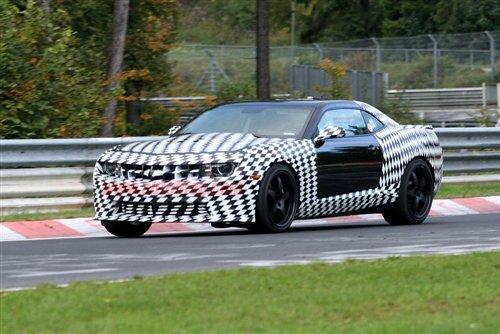 雪佛兰Camaro Z28谍照再曝光 预计明年推出